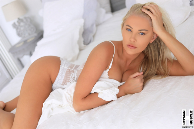 #HBFW: Live from London, it's Isabelle Allan free nude pictures