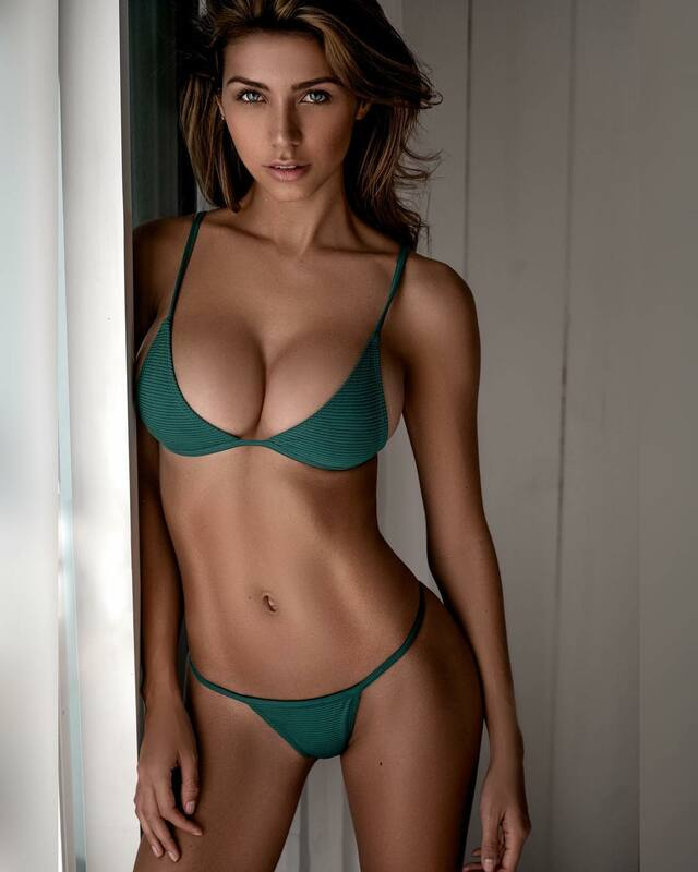 Cata Freer free nude pictures