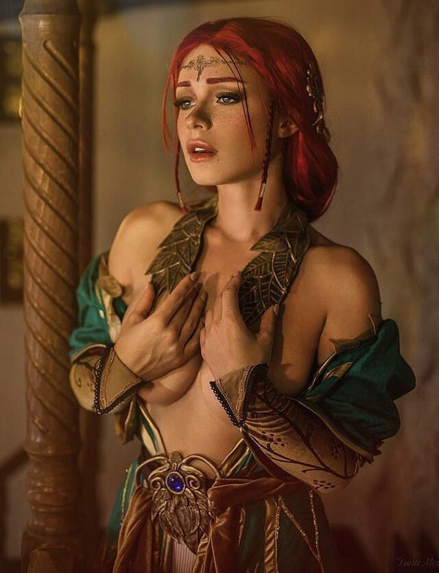 Triss merigold nude cosplay